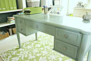 An introduction to painting furniture with Annie Sloan Chalk Paint @ refinedroomsllc.com