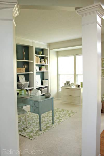 organize with clipboards  - Home Office Reveal @ refinedroomsllc.com