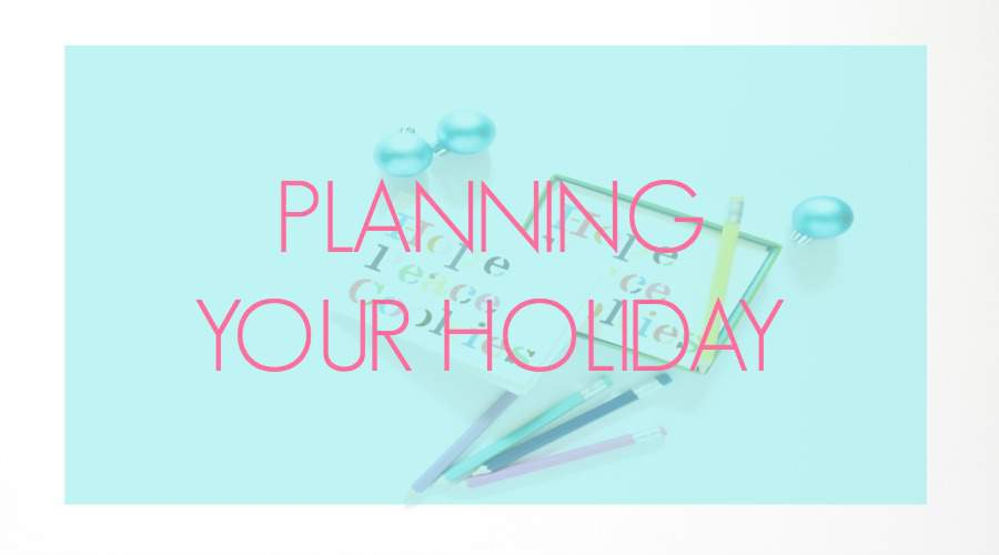 Frazzled by all you need to accomplish during the holiday season? Learn how to plan your holiday like a Pro at the Refined Rooms blog (and snag a super cute set of planning printables!)