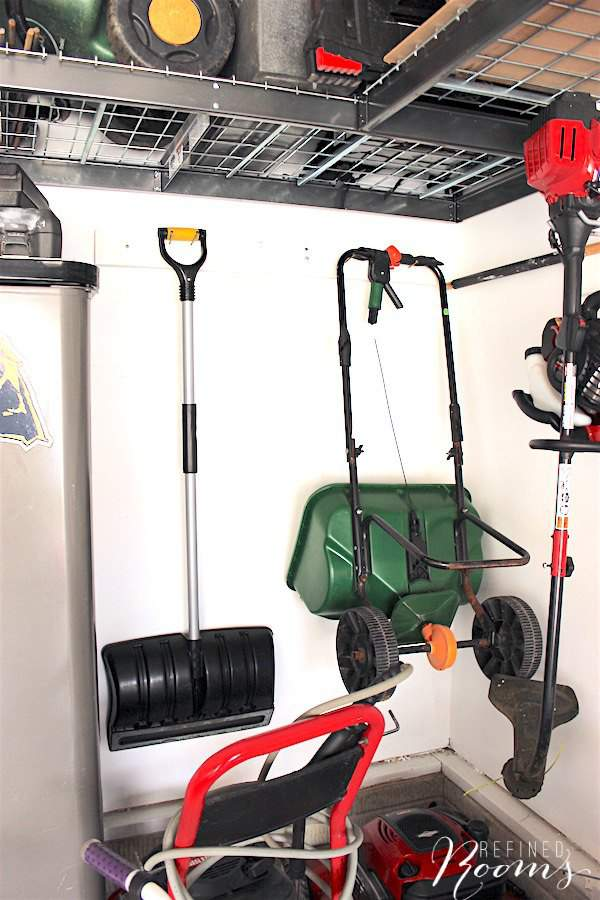 Follow this 5-step process for garage organization so that you'll be able to finally park your car in the garage! via Refined Rooms blog