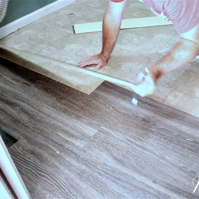 4 REASONS TO USE LUXURY VINYL TILE FLOORING