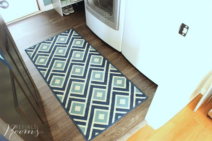 So excited to share my laundry room makeover reveal! One of my favorite additions is this gorgeous contemporary area rug that adds just the right punch of color and pattern to the space