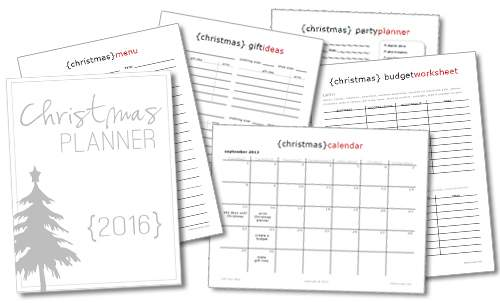 Create a holiday planning notebook in order to plan your holiday like a pro!