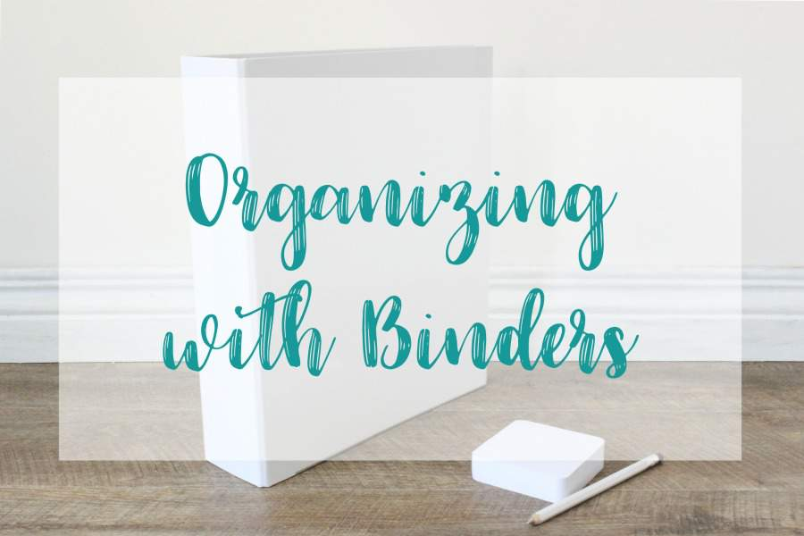 I love to organize with binders! Click to for tons of binder organization ideas (and some great printable resources too)!