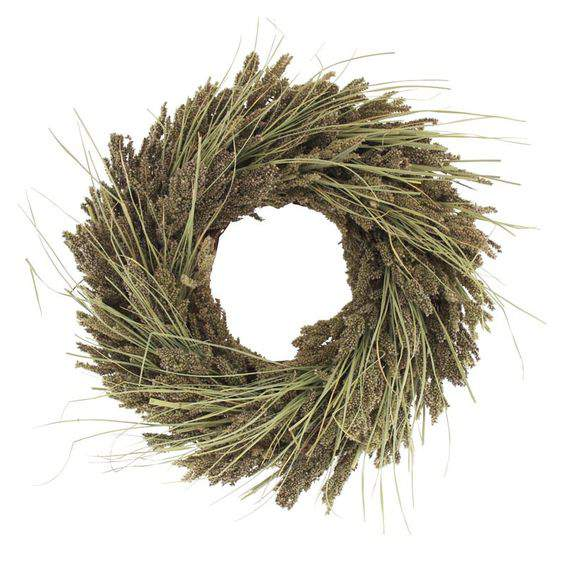 Check out this gorgeous collection of unique fall wreaths...including this one mullet wreath
