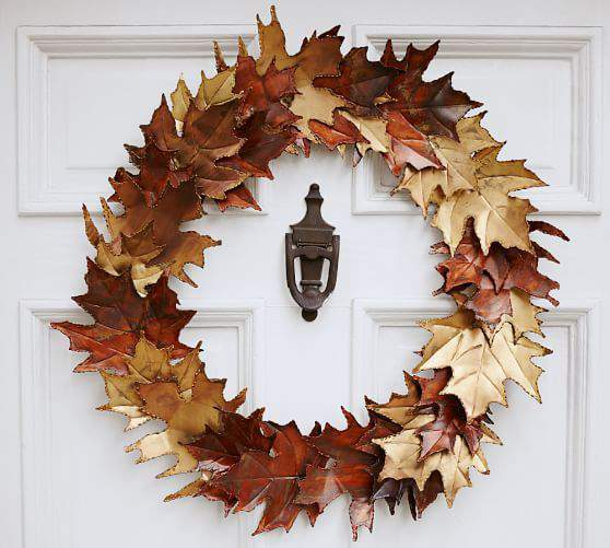 Check out this gorgeous collection of unique fall wreaths...including this metallic leaf wreath