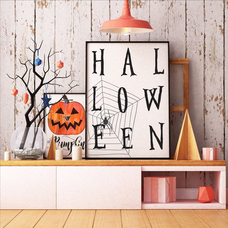 Fabulous free Halloween printables -- Halloween with spider web