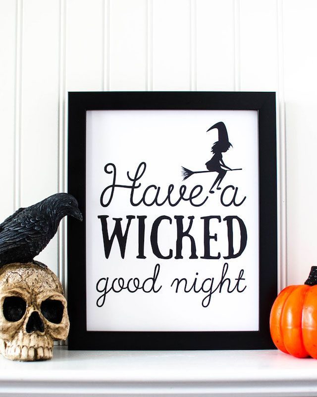 Fabulous free Halloween printables -- Wicked good night